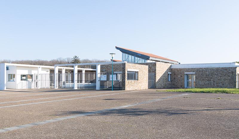 Collège public andrée Chedid à Aigrefeuille-sur-Maine